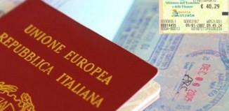 Passaporto e marca da bollo